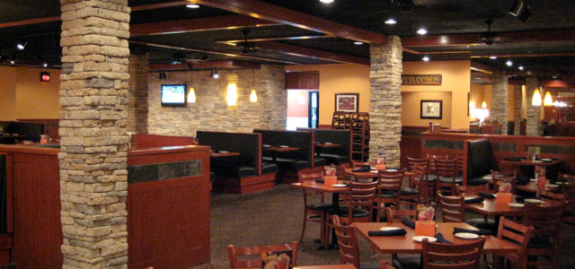 Tony Roma's - Commercial Remodel